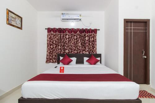 Oyo 9004 S V Residency