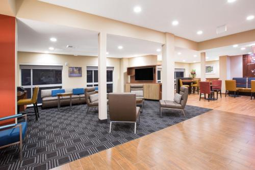 TownePlace Suites by Marriott Olympia Photo