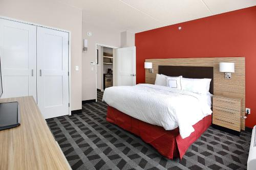 Towneplace Suites By Marriott Grove City Mercer/outlets - Mercer, PA 16137