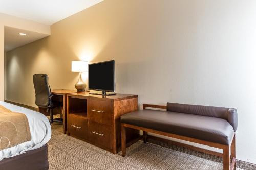 Comfort Suites Myrtle Beach Photo