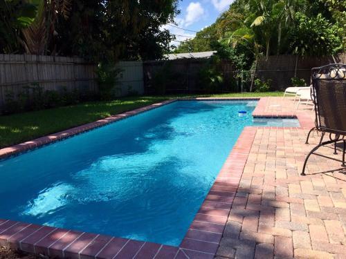 Casa Del Sol - West Palm Beach, FL 33401
