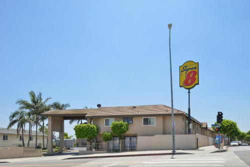 Super 8 Los Angeles photo 24