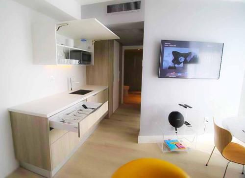 Boutique Hotel Suite 1215 West Avenue - Miami Beach, FL 33139