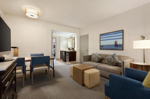 Embassy Suites Hotel Monterey Bay-Seaside