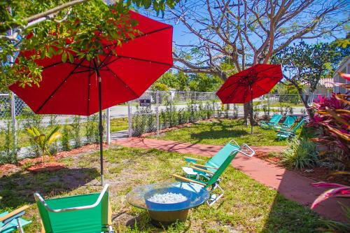 Full House 2 Bedrooms 1 Bathroom - Hollywood, FL 33023