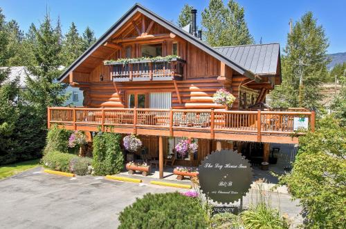 The Log House B&b Inn - Pemberton, BC V0N 2L0
