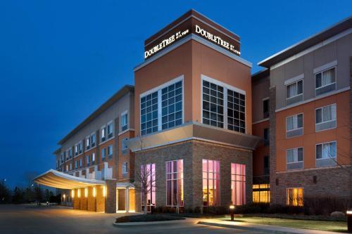 DoubleTree by Hilton Hotel Oklahoma City Airport Photo