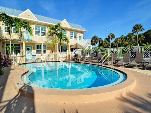 Clearwater Beach One Bedroom 419 - Clearwater Beach, FL 33767