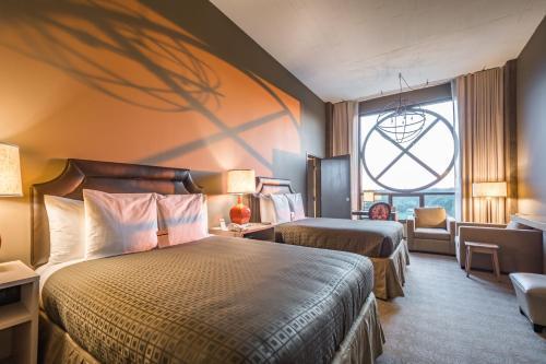 Proximity Hotel Photo