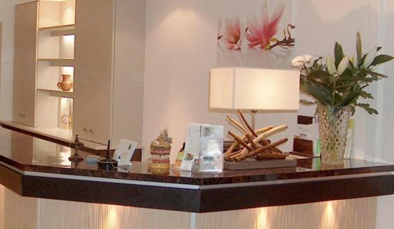 Palais Des Fleurs Restaurant Les Capucines