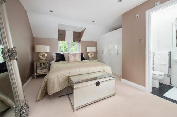 Serendipity Cobham Luxury Spacious Two bedroom Two bathroom annex