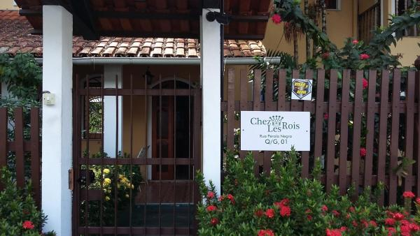 Chez Les Rois Bed and Breakfast