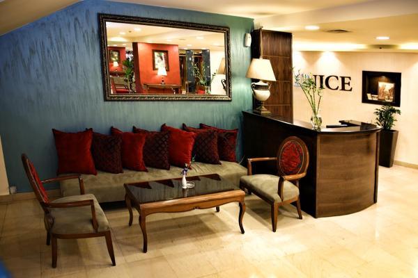 Al Fanar Palace Hotel and Suites