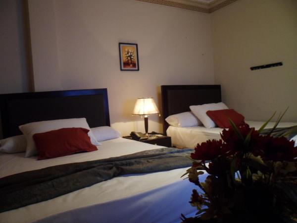 Star Plaza Guesthouse and Apartments