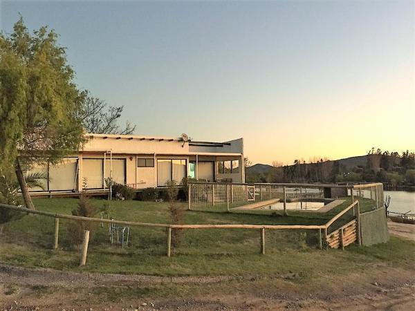 Casas De Vacaciones En Lago Rapel
