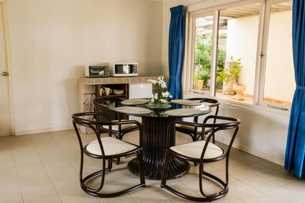 Flatstone Apartment & Suites
