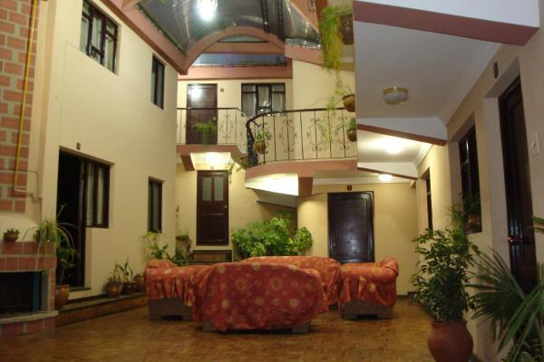 Hostal San Pedro Velmont