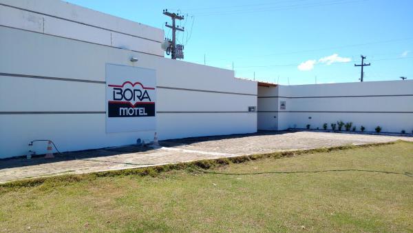 Bora Motel