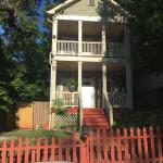 Peaceful 3br House Near Downtown