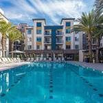 Park Plaza Apartment #876088 Apts