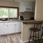 Strawberry Creek Cabin - 5 Mins From The Beach!