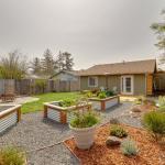 Norcal Garden Casita - Inviting Inside & Out - Near Beaches & Redwoods