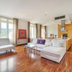 Presernova Apartment With Private Parking