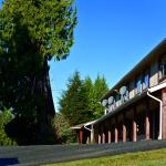 Bamfield Motel