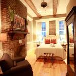 229 King Luxury Suites