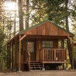 Snowflower Camping Resort Cabin 4