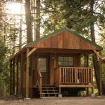 Snowflower Camping Resort Cabin 3