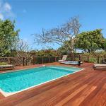 Hawaiian Hibiscus Home