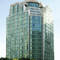 MIA Nightclub Vancouver Hotels - Rosedale On Robson Suite Hotel