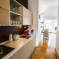 Sunny Apartment In Prague Center