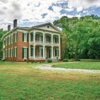 Warfield Point Park Hotels - Belmont Plantation Est 1857