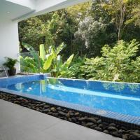 Zen Tree Pool Villa Mountain View