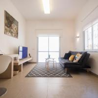 Budget accommodation in tel aviv israel from 19 for Maxim design hotel 3 star superior