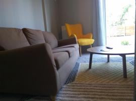 Hotel Foto: Brand new apartment with garden