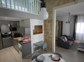 Hotel Photo: Montcalm climatisé en plein Écusson
