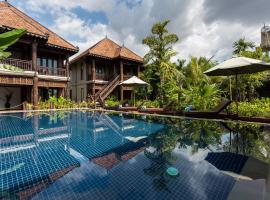 Hotel photo: Java Wooden Villa & Residence