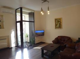Hotel photo: Apartment on Teryan 65