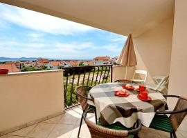 Hotel photo: Apartments Silvana sunset view