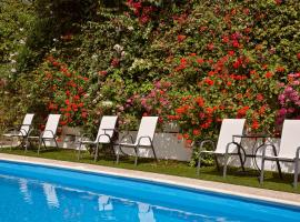 A picture of the hotel: Spetses Retreat Accommodation