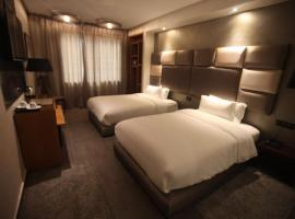 Hotel near कासाब्लांका
