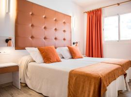Hotel photo: Apartamentos Oasis Sa Tanca