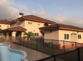 Foto di Hotel: Seaview Estate Villas