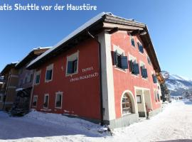 Hotel Photo: Hotel Chesa Rosatsch - Home of Food