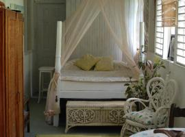 Gambaran Hotel: Charming Old World Apartment