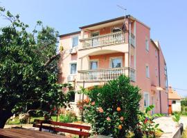 Hotel photo: Apartments Tanja & Tina