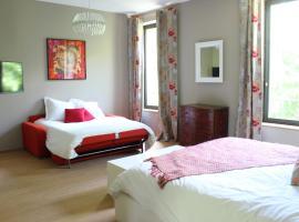 A picture of the hotel: Domaine du Prieuré d'Estagel